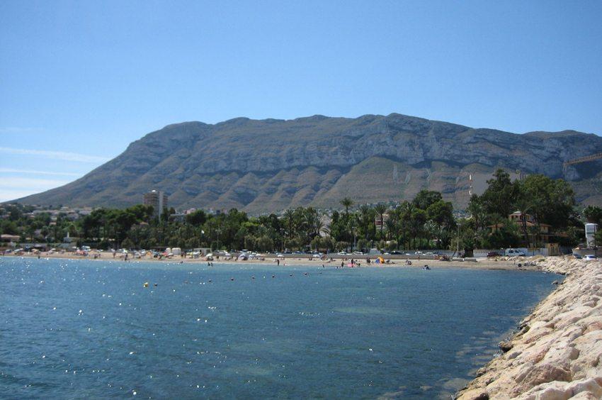Strand von Denia (Bild: Echiner, Wikimedia, CC) goldene stadt