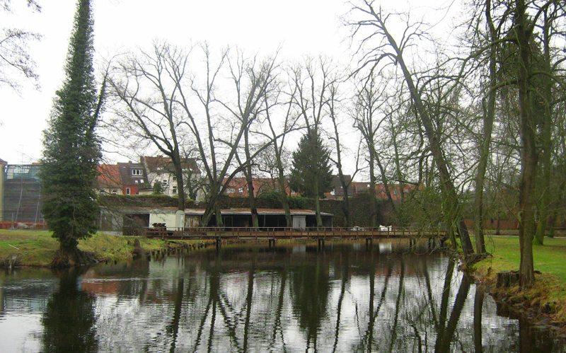 Am Rheinsberger Schloss (Bild: Botaurus stellaris, Wikimedia)