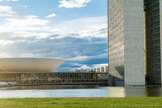 Brasilias faszinierende Architektur entdecken (Bild: © Filipe Frazao - shutterstock.com)
