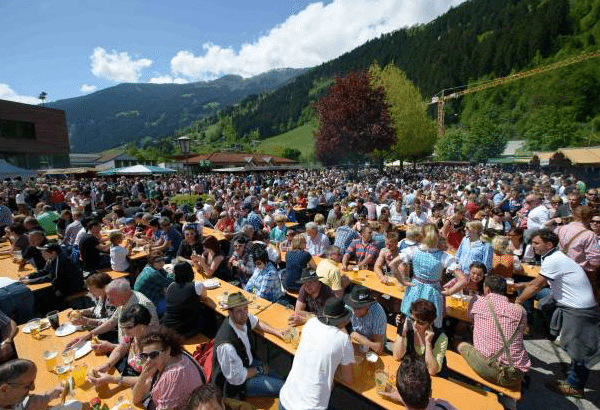 gauderfest1