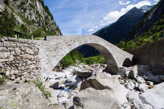Gotthardpass (Bild: © Oscity - shutterstock.com)
