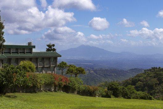 Tagaytay liegt auf dem Krater des Taal Volcanoes. (Bild: © aldarinho - shutterstock.com)