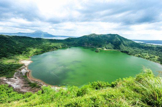 Taal Volcano (Bild: © Sthaporn Kamlanghan - shutterstock.com)