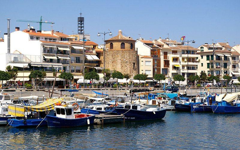 Der Hafen von Cambrils (Bild: 1997, Wikimedia, CC)