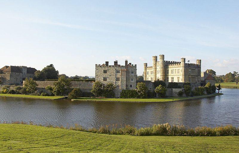 Leeds Castle – eine der schönsten Burgen in England (Bild: Misterzee, Wikimedia, CC)