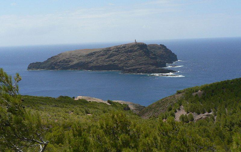 Blick auf die Insel Ferro (Bild: Rui Branco, Wikimedia, CC)