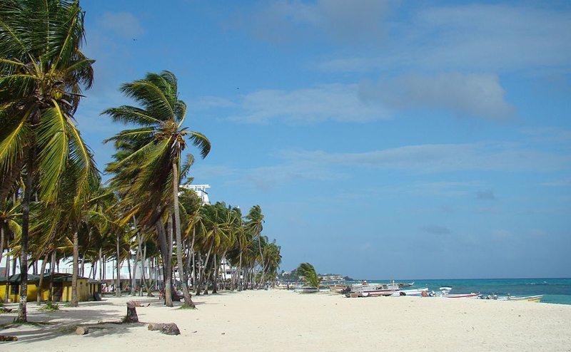 Der Strand von San Andrés (Bild: I.D. R.J., Wikimedia, CC)