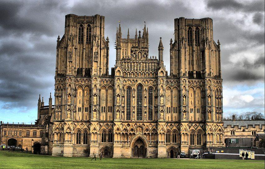 Die Kathedrale von Wells (Bild: IDS.photos, Wikimedia, CC)