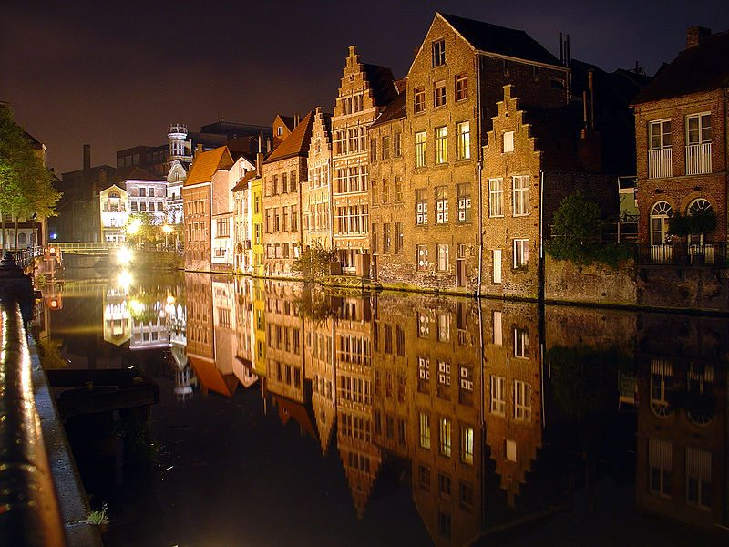 Gent bei Nacht (© HoiSin / Wikimedia / CC)