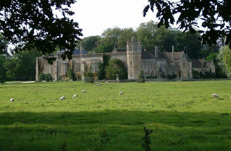 Lacock Abbey bei Bath (Bild: Frerix, Wikimedia, CC)