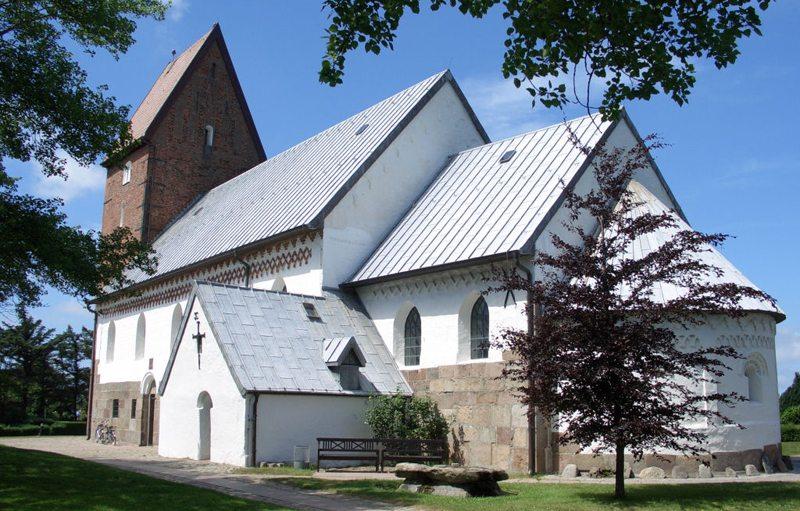 Seefahrerkirche St. Severin auf Sylt (Bild: Holger Weinandt, Wikimedia, CC)