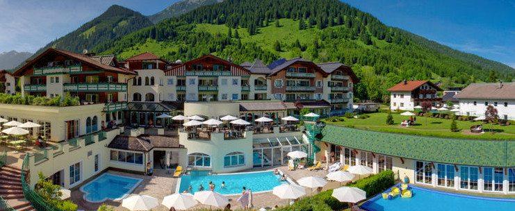 Traumhafte Ferien sind im Kinderhotel Alpenrose garantiert. (Bild: hotelalpenrose.at)