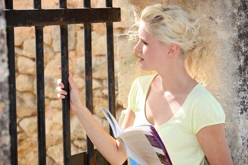 Formulierungen in Reisekatalogen entsprechen den tatsächlichen Gegebenheiten nicht immer. (Bild: auremar / Shutterstock.com)
