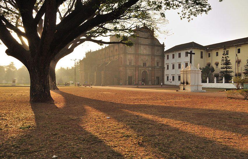 Basilika Bom Jesus in Velha Goa (Bild: Dey.sandip, Wikimedia, CC)