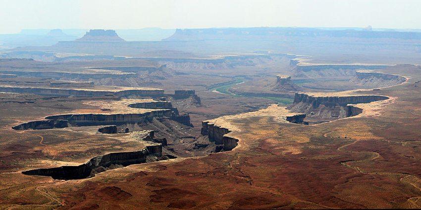 Aussicht vom Green River Overlook im Canyonlands National Park, Utah (Bild: Tobias Alt, Wikimedia, CC) USA Reise