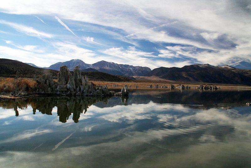 Kalktuff-Formationen am Mono Lake (Bild: Plane777, Wikimedia) USA Reise
