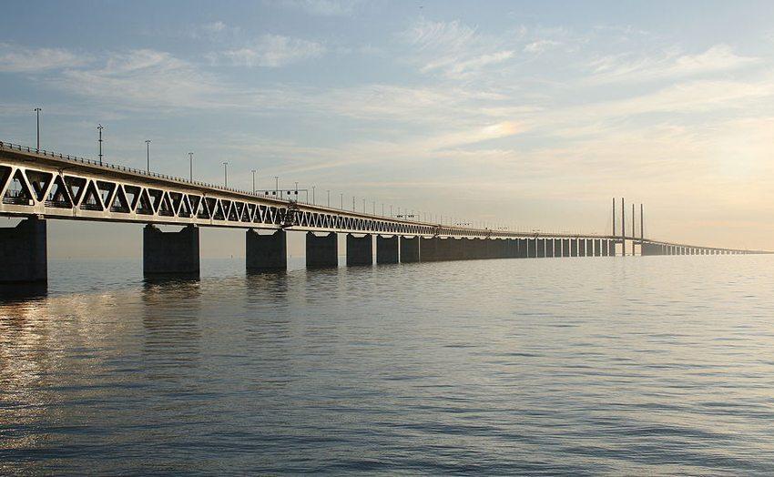 Öresundbrücke verbindet das schwedische mit dem dänischen Festland. (Bild: Paul Bischoff, Wikimedia, CC)
