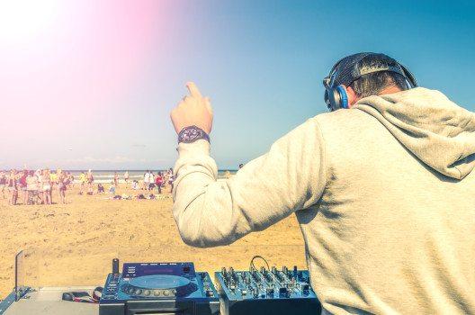 Spring Break und Partyszene auf Cancun (Bild: © oneinchpunch - shutterstock.com)
