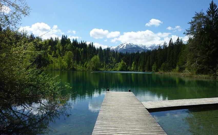Der Crestasee ist ein Geheimtipp. (Bild: Adrian Michael, Wikimedia, CC)