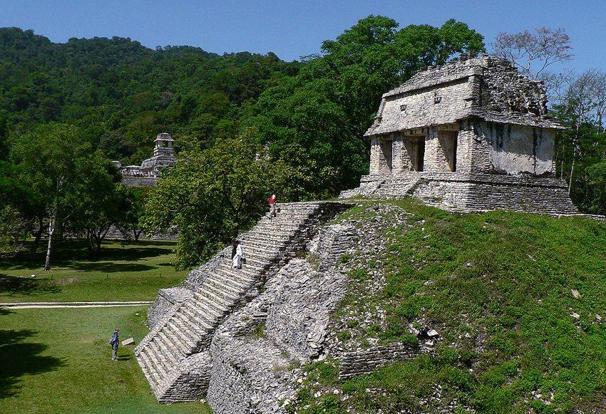 Tempel von Palenque (Bild: MyotisSI, Wikimedia, CC)