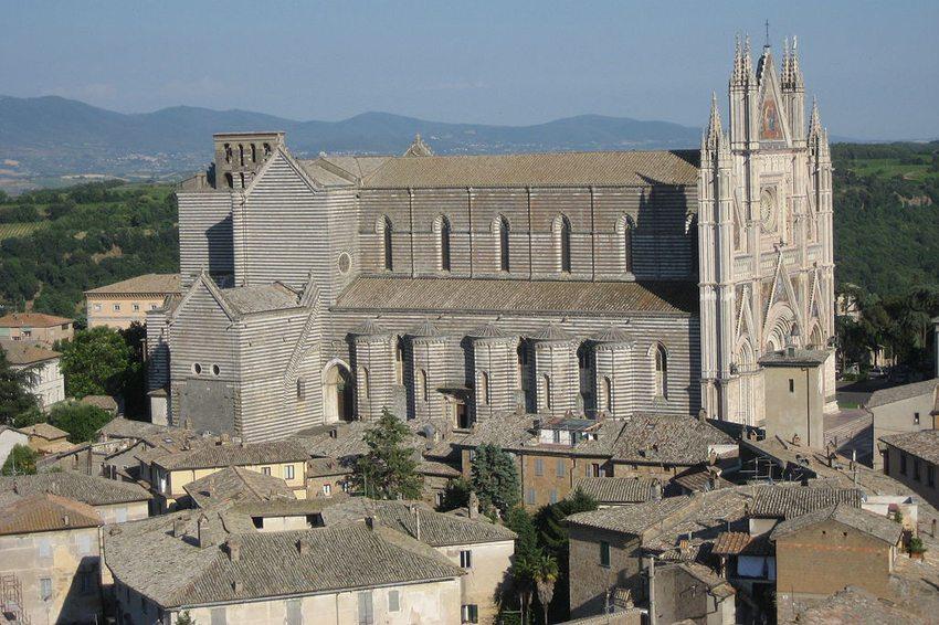 Dom von Orvieto (Bild: Mac9, Wikimedia, CC)