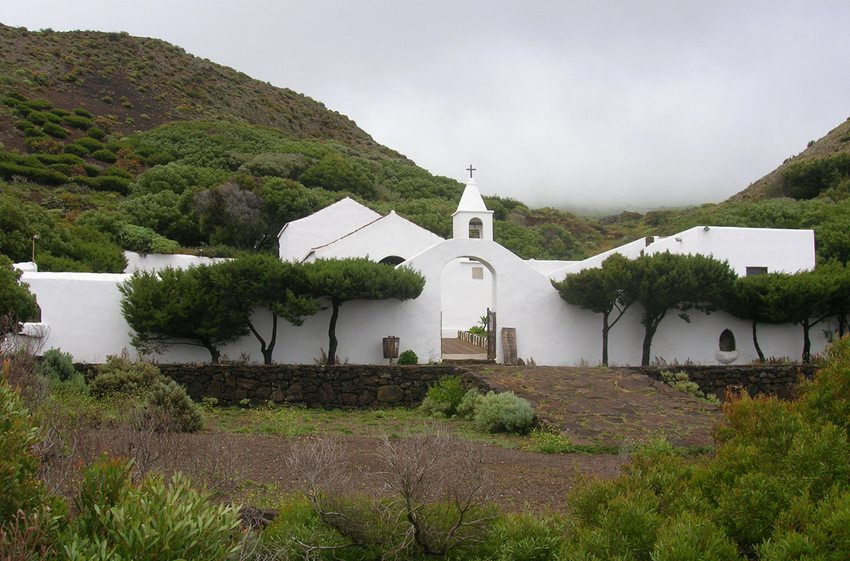Kapelle la Virgen de los Reyes, El Hierro (Bild: barraquito, Wikimedia, CC)