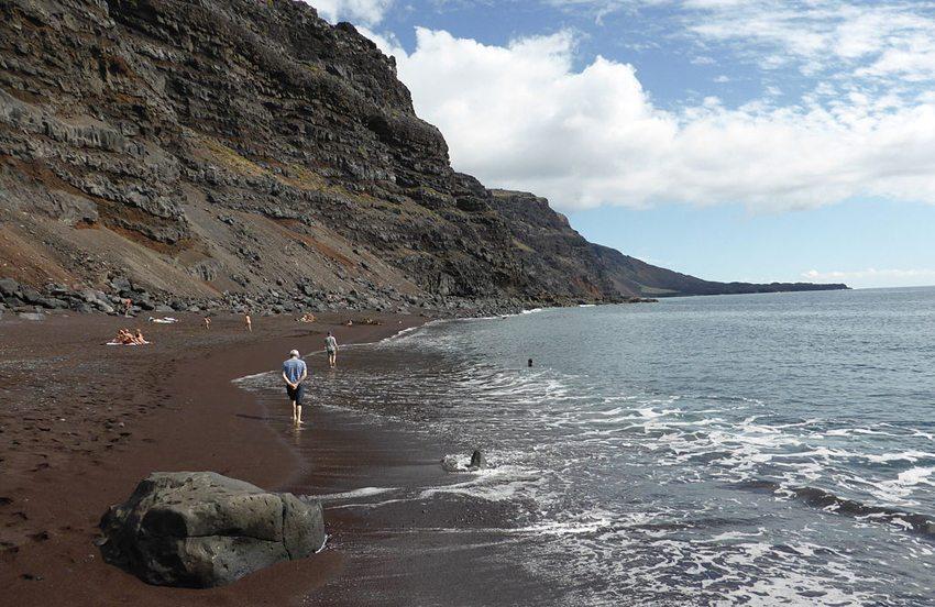 Playa del Verodal auf el Hierro (Bild: CARLOS TEIXIDOR CADENAS, Wikimedia, CC)