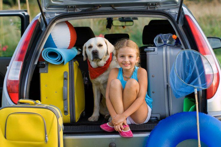 Alles dabei? Für Kinder können Kleinigkeiten über Wohl und Wehe des Urlaubs entscheiden. (Bild: © Gorilla - Fotolia.com)