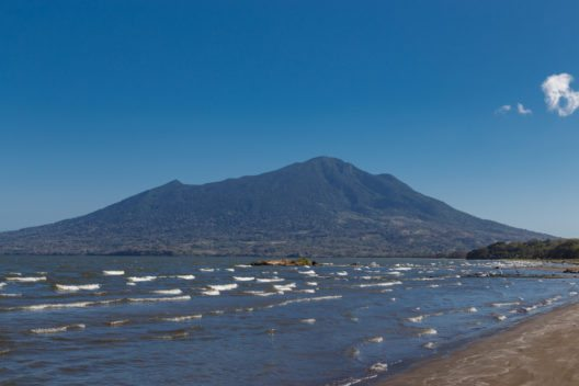 Der Vulkan Maderas auf der Insel Ometepe, Nicaragua (Bild: © Riderfoot - shutterstock.com)