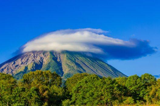 Der Concepción ist mit etwas mehr als 1600 Metern Höhe der höchste Vulkan auf Nicaraguas. (Bild: © Simon Dannhauer - shutterstock.com)
