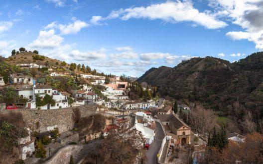 Lassen Sie sich vom kolonialen Flair der Stadt Granada gefangen nehmen. (Bild: © liquid studios - shutterstock.com)
