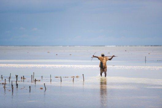 Neben den grossen Hotels direkt am Strand liegen kleine Fischerdörfer. (Bild: © Anca Dumitrache - shutterstock.com)