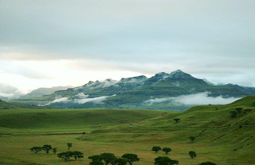 Hlalanathi in den nördlichen Drakensbergen (Bild: jumblejet, Wikimedia, CC)