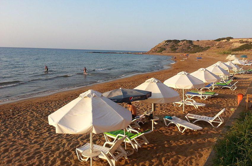 Kaplıca Strand auf der Karpaz-Halbinsel (Bild: Seksen iki yüz kırk beş, Wikimedia, CC)