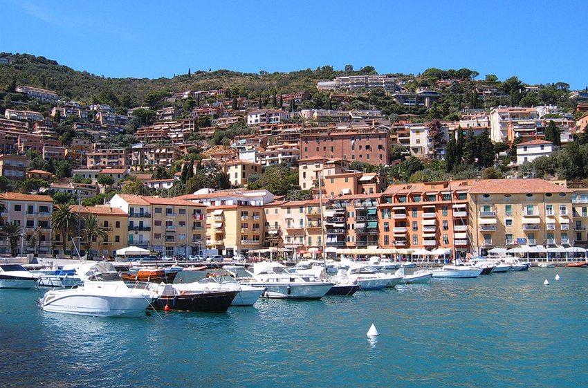 Porto Santo Stefano, Monte Argentario (Bild: Markus Bernet, Wikimedia, CC)