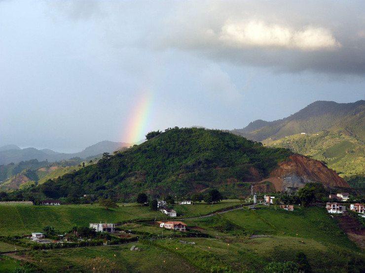 Landschaftsformen in der kolumbianischen Zona Cafetera (© Jamolinao / Wikimedia / CC)