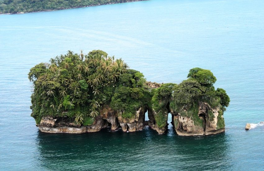 Isla Pájaro, Bocas del Toro, Panama (Bild: Panapro, Wikimedia, GNU)