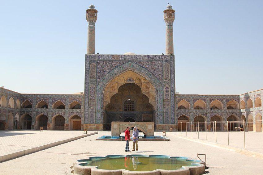 Die Freitagsmoschee – die grösste Moschee Irans. (Bild: Reibai, Wikimedia, CC)