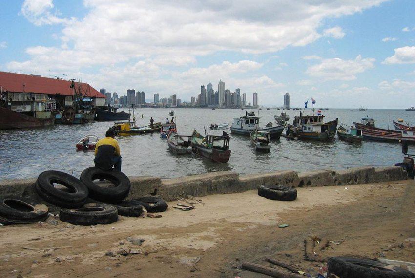 Panama City – Stadt der Kontraste (Bild: Dirk van der Made, Wikimedia, GNU)