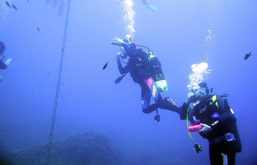Portofino – Tauchen im Mittelmeer (Bild: gingio, Wikimedia, CC)