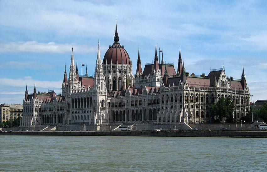 Parlamentsgebäude in Budapest (Bild: monyesz1, Wikimedia, CC)