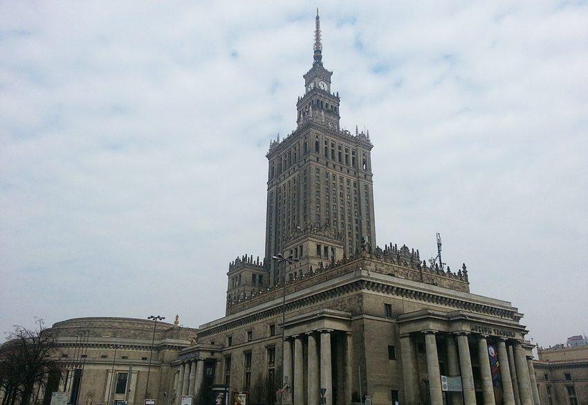 Der Kultur- und Wissenschaftspalast  in Warschau (Bild: Ty221, Wikimedia, CC)