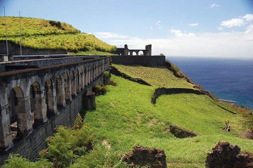 Festungshügel von St. Kitz (Bild: jthetzel, Wikimedia, CC)