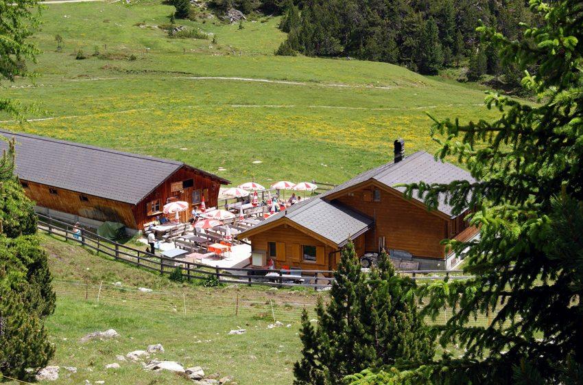 Touristisch bewirtschaftete Almhütte (Bild: chnurrli46  / pixelio.de)