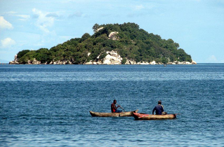 Fischer am Malawi-See (Bild: Yoni Lerner, Wikimedia, CC)