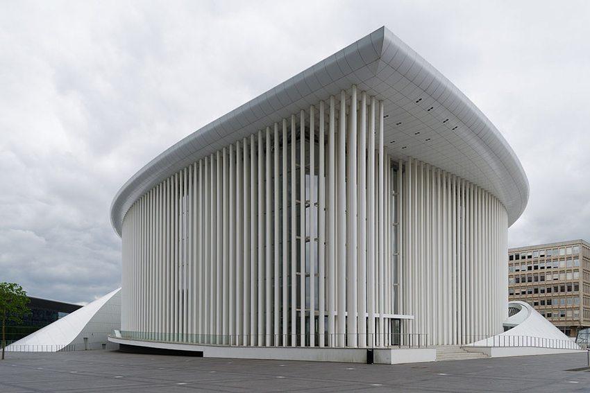 Gebäude der Philharmonie Luxemburg auf dem Kirchberg-Plateau, Luxemburg Stadt (Bild: VT98Fan, Wikimedia, CC)