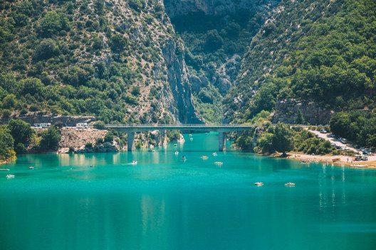 Basse Gorges du Verdon, Untere Verdon-Schlucht, bei Quinson (Bild: © Grisha Bruev - shutterstock.com)