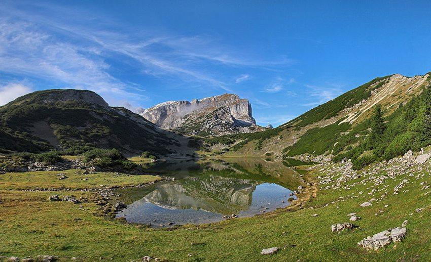 Brandenberger Alpen – Zireiner See mit Rofanspitze (Bild: Karsten Dörre, Wikimedia, CC)