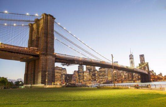 Brooklyn Bridge Park (Bild: © pisaphotography - shutterstock.com)