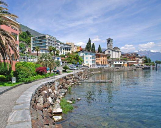 Das schöne Ufer der Brissago-Inseln (Bild: © travelpeter - shutterstock.com)